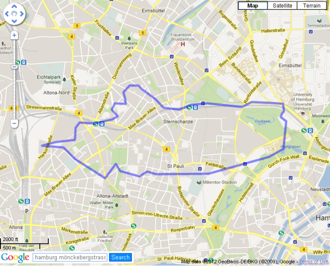 Die blaue Linie ist der Umriss des Berliner Tiergartens. Foto: Tiergarten Berlin Planten und Blomen Hamburg. Grafikdingens mit mapfrappe.com gemacht.