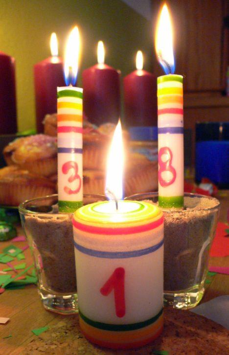 Kerzen zum 38. und 1. Geburtstag